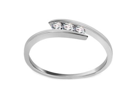 Verlobungsring Triple of Love mit Diamanten 0,110 ct White