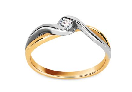 Gold Verlobungsring mit einem Diamanten Loving Moments